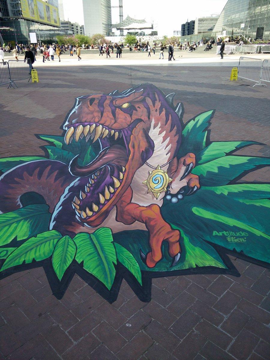 ARTitude Prenant La Forme Dun Dinosaure DUnGoro GG A Vincent Germain Pour Jolie Photo Publiee Sur Twitter En Ce Lundi Ensoleille Paris