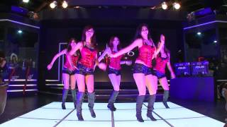 Des danseuses asiatiques pour promouvoir Diablo III